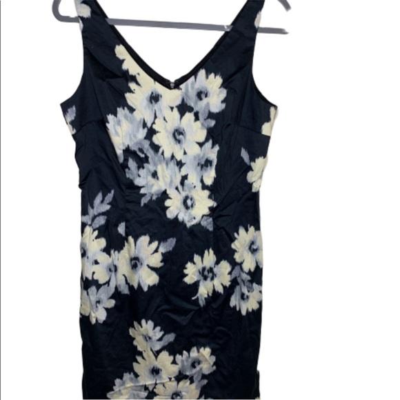 LOFT Dresses & Skirts - Loft sleeveless dress size 10